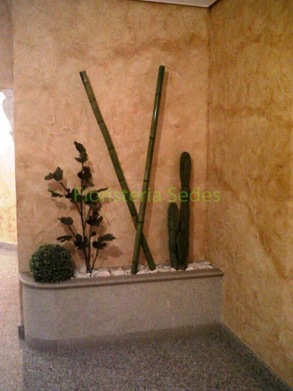 Decoraci n portal con bamb y cactus - Canas de bambu decoracion ...